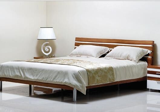Simple Style Bedroom Suite Furniture King Size Bed With Melamine Metal Feets