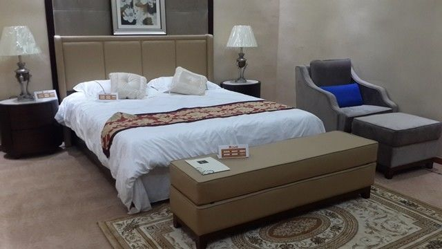 Shangri - La Hotel Style Bedroom Furniture / Contemporary Hotel Furniture
